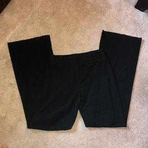 Black yoga pants boot cut